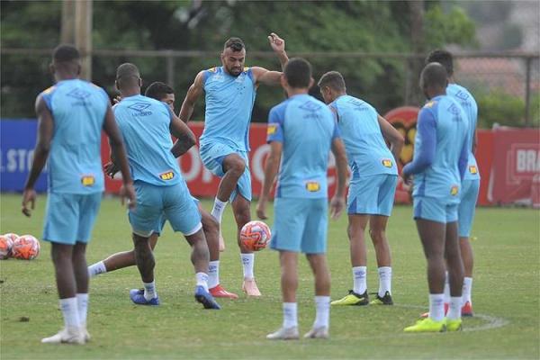 Cruzeiro enfrenta o Patrocinense na segunda rodada do Mineiro a898833044f49